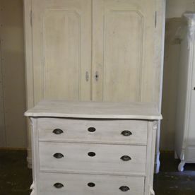witte kast en commode brocante